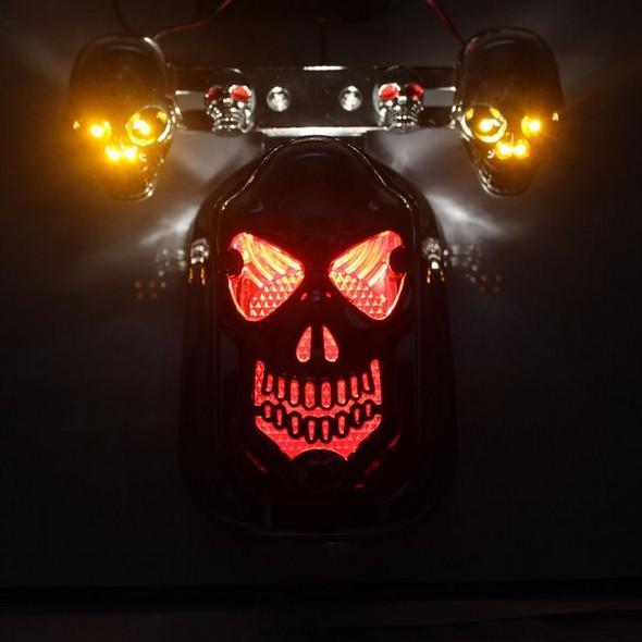 Ensemble skull feu stop support de plaque moto custom - Tete de mort style ...
