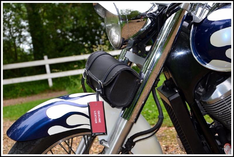 Sacoche de fourche Rool bag à outils Cuir Souple Simple pour moto custom trike