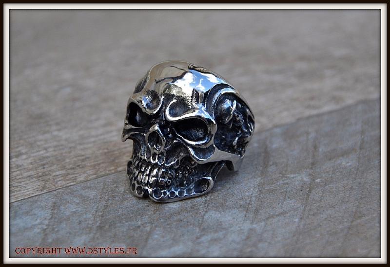 Bague Acier Inox Chevaliere Skull 16 Tetes de Mort