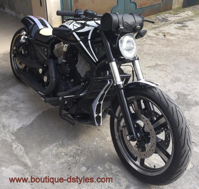 Sacoche pour HD Sacoche-rool-bag-cuir-tete-de-mort-skull-moto-custom-harley-zoom